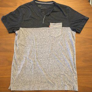 Levi's Men's Cotton T-Shirt with Pocket in Large